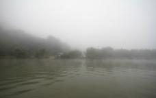 清晨的河图片