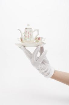 上茶 端茶图片