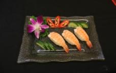 熟虾寿司图片