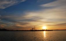 朝阳 海面天空图片