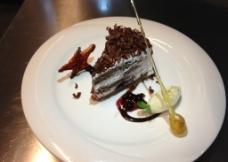 黑森林蛋糕图片