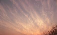 夕阳云流图片