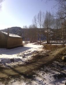 柴水村 乡间小路图片